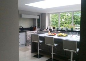 Kitchen House extension Kingston Hill London by STYLE Building Ltd.